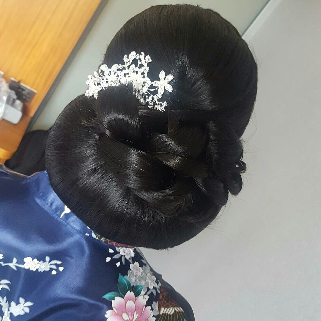 Deborah Lola African Caribbean Bridal Hair Stylist My Afro Caribbean Wedding UK
