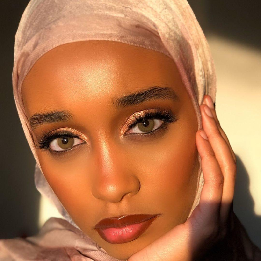 Mana Mumin London Bridal Makeup Artist for Muslim Brides