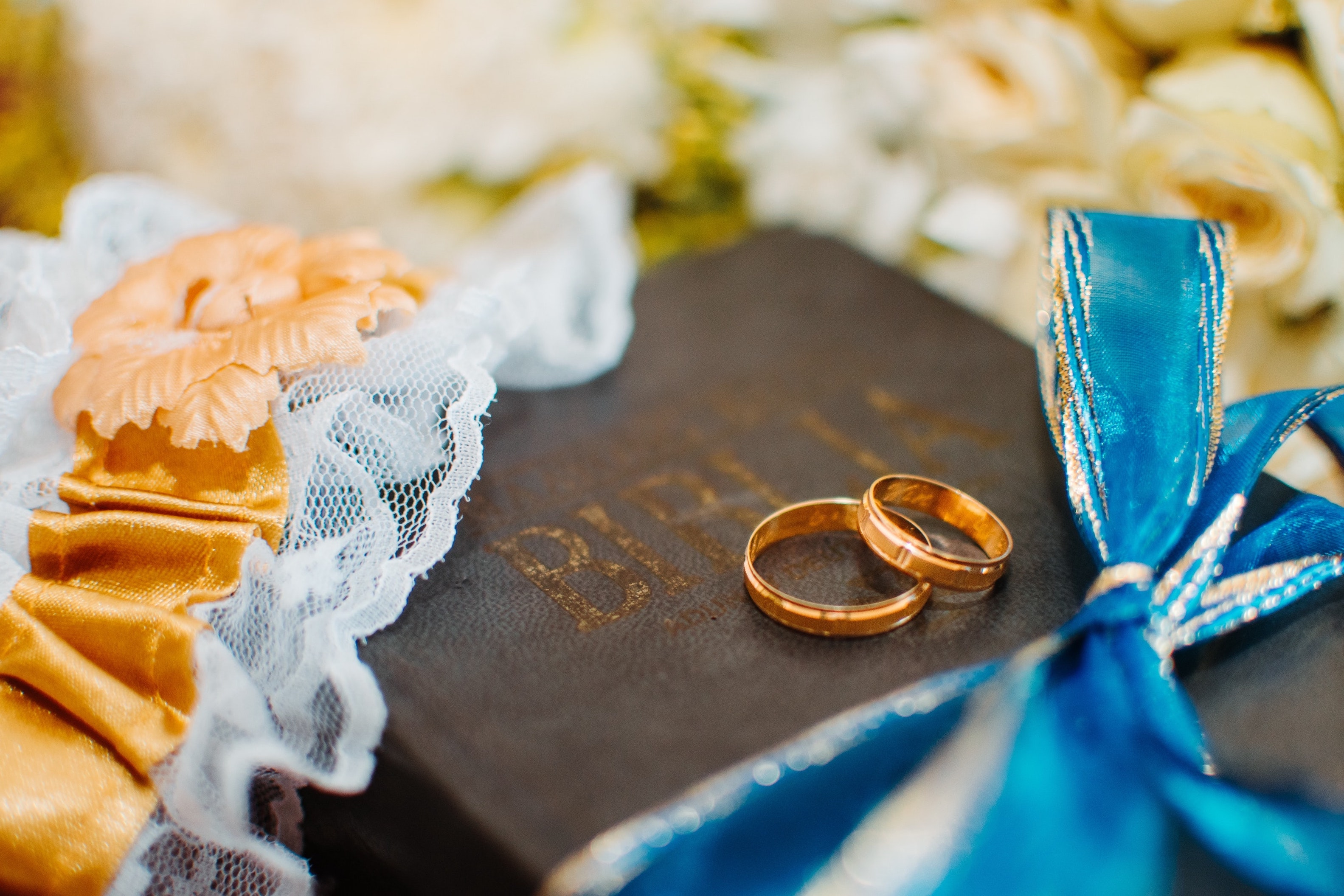 15 Bible Verses About Love and Marriage