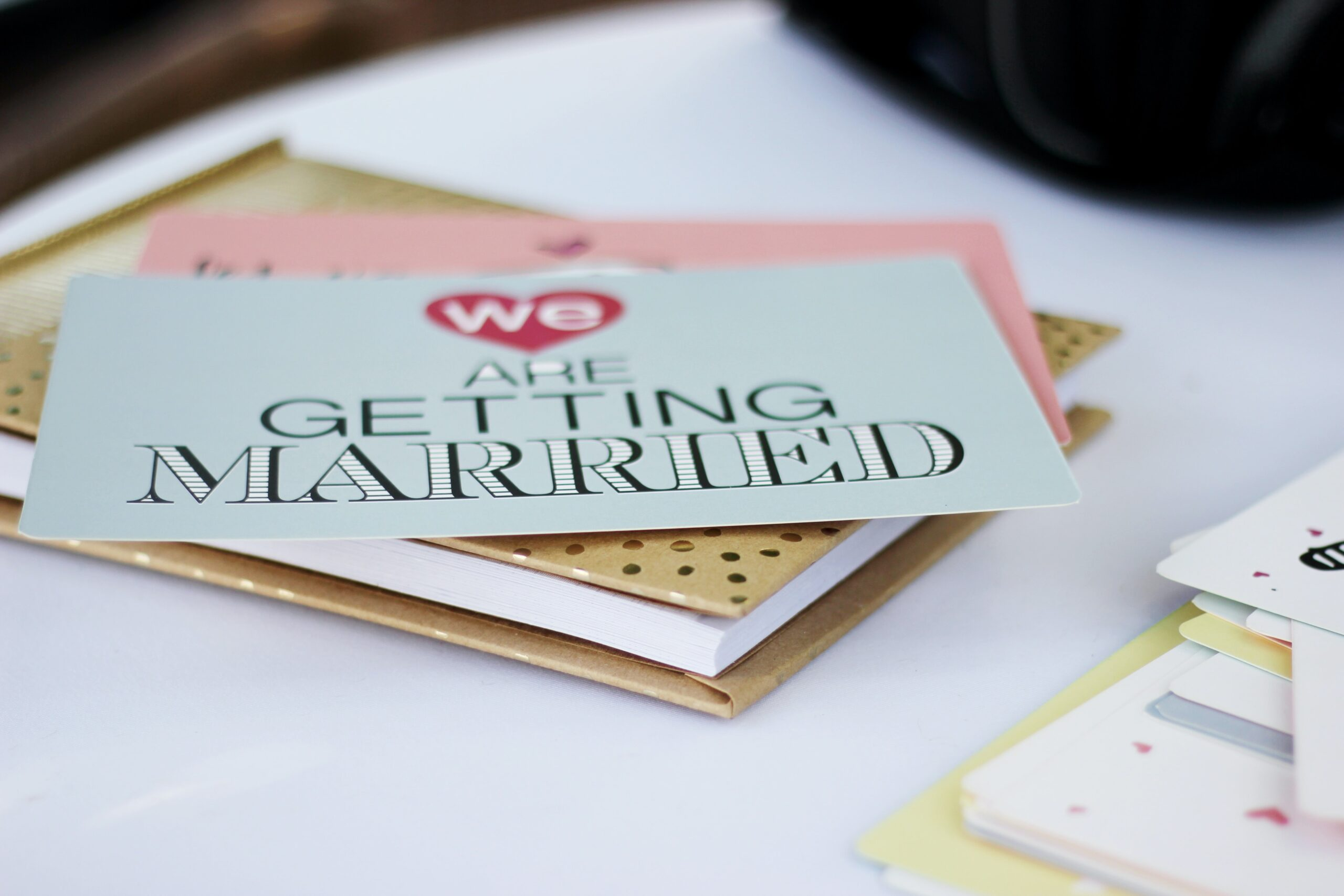 I am Engaged. When Should I Book My Wedding Vendors?
