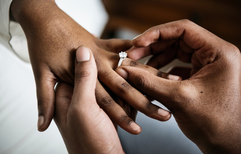 How to Get Him to Propose To You Without Asking (These Tricks Work!)